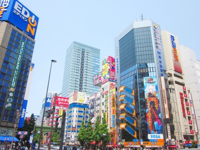 デジタルサイネージの納入されている街の事例